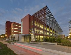 University of Illinois Electrical and Computer Engineering - Terracotta Rainscreen - Shildan Terracotta Rainscreen Facade