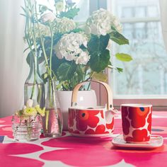Oiva Unikko Cup with Handle from Marimekko Marimekko, Summer Garden, Handle, Dishes, Table Decorations, Mugs, Party, Red, Design
