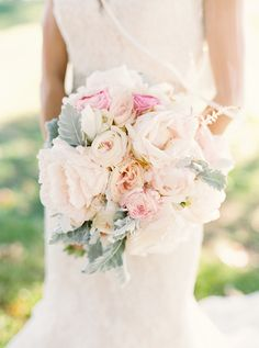 white and pink pretty wedding bouquet