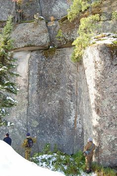 An incredible discovery that was recently made in Russia threatens to shatter conventional theories about the history of the planet. On Mount Shoria in southern Siberia, researchers have found an absolutely massive wall of granite stones. Some of these gi