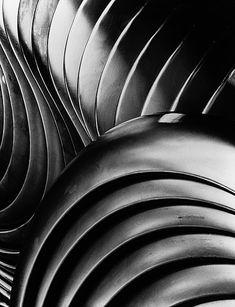 Fotografie von / photo by Peter Keetman - VW-Kotflügel 1953, späterer Abzug  Peter Keetman