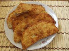 My Favorite Food, Favorite Recipes, Kaja, Empanadas, Meat Recipes, Food To Make, Sweets, Snacks, Food And Drink
