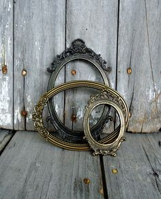 Vintage Ornate Frames Picture Gold Brass Metal Set Oval Floral Hollywood Regency Italy Italian Tabletop Shell. $30.00, via Etsy. ATOS!