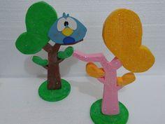 Arvore do Pocoyo Art Festa, Ideas Para Fiestas, Tweety, Happy Birthday, Diy Crafts, Lettering, Party, Kids, Table Decorations
