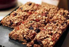 A top nutricionista Andrea Santa Rosa Garcia ensina como fazer a barra de cereal caseira e explica a diferença entre a proteica e a energética