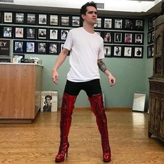 He makes these high heels work oh yeah❤ #panicatthedisco #patd #brendonurie