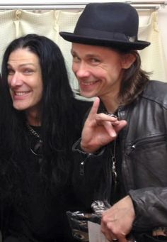 Todd Kerns and Myles Kennedy. The Wonder Twins!