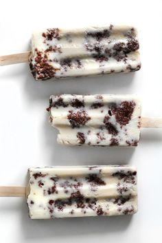 Treat yourself to this Brownie-Cow Popsicles recipe.