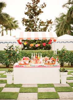 lilly pulitzer juice stand fun spring outdoor idea