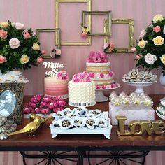 Para um lindo noivado!  por @decoreminhafesta