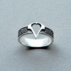 Item Type: RingsFine or Fashion: FashionSurface Width: 15mmRings Type: Wedding BandsStyle: ClassicGender: MenBrand Name: DCARZZSetting Type: NoneMaterial: Metal