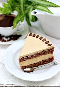 Tort kawowo orzechowy - Gotuję, bo lubię