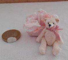 ♡ ♡ Petit ours articulé et ses vêtements
