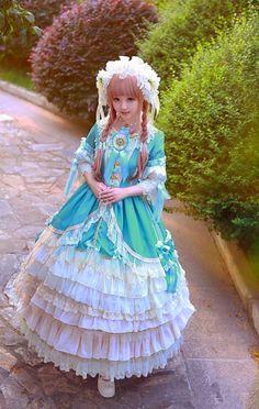 lolitaland: * _________ *