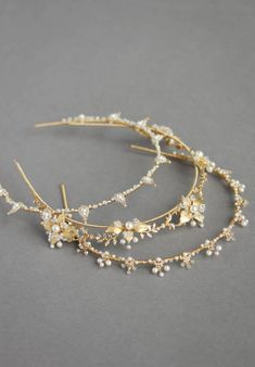 HENRI modern bridal crown wedding crown for boho weddings Wedding Headband, Bridal Crown, Bridal Tiara, Bridal Headpieces, Wedding Crowns, Pearl Headband, Bling Wedding, Wedding Veils, Boho Wedding