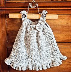 Sweet little Halter Ruffle Dress by mon petit violon, via Flickr. Perfect little summer dress for your little girl! Two ruffle options - long and small ruffle. The body part is textured and not see-through.
