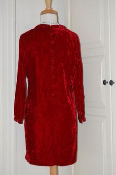 VINTAGE 60s Mod Crushed Velvet Scarlet Red by fourstoryvintage, $64.99