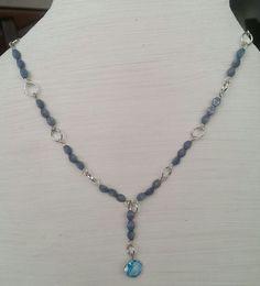 Collana con pietre bluette e pendente cristallo azzurro, by Roxy Bijoux, 10,00 € su misshobby.com
