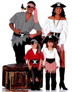 OOP! MENS PIRATE & LADIES WENCH COSTUME SEWING PATTERNS Adult Butterick 6295 #Butterick