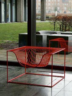 Steel armchair with armrests GRID - Nola Industrier
