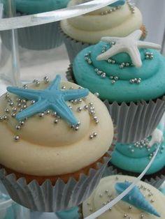 Beach theme cupcakes with starfish candy #Wedding #Cupcakes