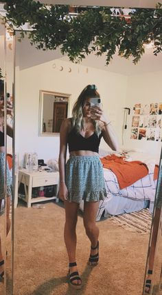 Complete your cute summer outfits with the Kimmie by Steve Madden Cute Casual Outfits, Cute Summer Outfits, Spring Outfits, Outfit Summer, Stylish Outfits, Mode Outfits, Skirt Outfits, Fashion Outfits, Fashion Flats
