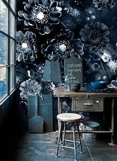 Ellie Cashman.Papel pintado en índigo. wallpaper