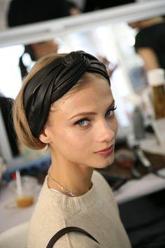 <3 turbants for short hair. (((Spring 'do!!)))