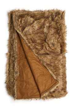 Faux Wolf Fur Throw - Looks so cozy