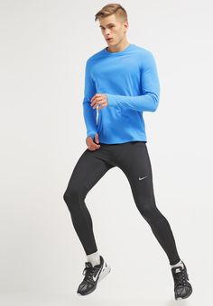 Nike Performance Langarmshirt - light photo blue/reflective silver für 44,95 € (09.02.16) versandkostenfrei bei Zalando bestellen.