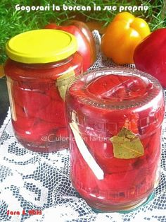 How to make Pomegranate Cranberry Juice Cranberry Smoothie, Cranberry Juice, Summer Drink Recipes, Summer Drinks, Cucumber Detox Water, Cucumber Recipes, Leftovers Recipes, Food Trends, Food Containers