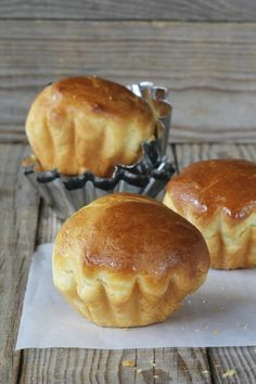 Brioche dough - By continuing to browse this site, you agree to the use of cookies to provide you with content, ser - Brioche Recipe, Brioche Bread, Bread Bun, Cooking Chef, Cooking Recipes, Croissants, My Favorite Food, Favorite Recipes, Breakfast Crepes