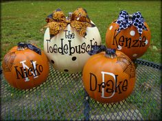 Personalized Pumpkins...love te bows too