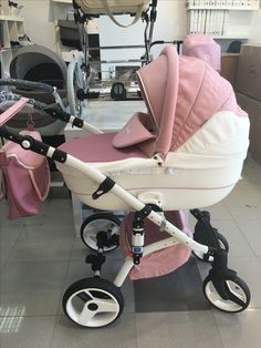 4 Stars & Up - Strollers / Strollers & Accessories: Baby Products The Babys, Dream Baby, Baby Love, Baby Necessities, Cute Baby Pictures, Baby Carriage, Baby Family, Baby Needs, Cool Baby Stuff