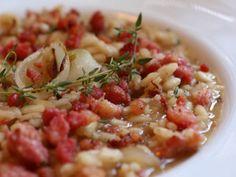 Receita Prato Principal : Risotto com cebolas assadas, linguiça cotechino e tomilho de Com uma pitada de açúcar...