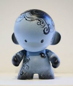 Custom diy munny kidrobot dudebox munny toys 1 pinterest tattooed munny maybe it would also be good with a henna design solutioingenieria Choice Image