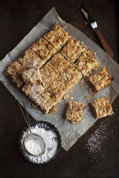 """Apple and Mince Pie Crumble Bars ~ an alternative to Mince Pies for Christmas ~ via this blog, """"Drizzle & Dip""""."""