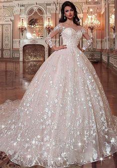 Stunning Wedding Dresses, Dream Wedding Dresses, Bridal Dresses, Wedding Gowns, Beautiful Gowns, Tulle Wedding, Bridesmaid Dresses, Wedding Dress With Red, Wedding Bride