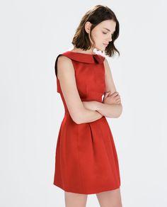 Image 1 de ROBE ÉVASÉE de Zara Robe Rouge Zara, Robe Évasée, Hiver,