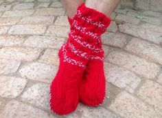 (SOLD) Christian's slipper socks...made on order with firy red, soles and a cable. Size 10