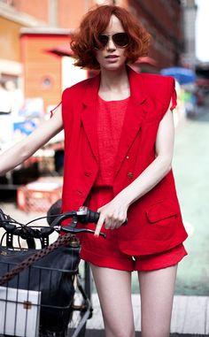 Ženy v červeném jsou nejkrásnější! #red #woman #redhead