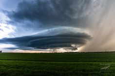 Last night's #abstorm supercell west of Didsbury was a striated beauty!