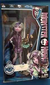 Monster High Scaremester Twyla Doll New | eBay