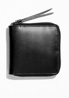 & Other Stories | Leather Zip Wallet 45€