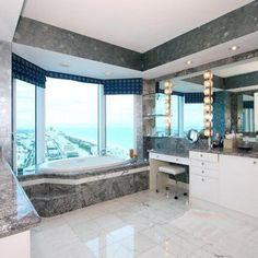 Miami, Penthouse at Pointe Drive | The Billionaire Shop
