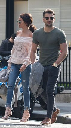 Michelle Keegan and Mark Wright jet off on romantic Parisian getaway jeans Winter Fashion Outfits, Stylish Outfits, Michelle Keegan Style, Red Kurta, Conservative Outfits, Mark Wright, Staple Wardrobe Pieces, Dinner Outfits, Gentleman Style