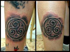 #triskell #celtic #rune #tattoo #tattooed #tattooart #tattooartist #artist #ruined #friends #double #inked #ink
