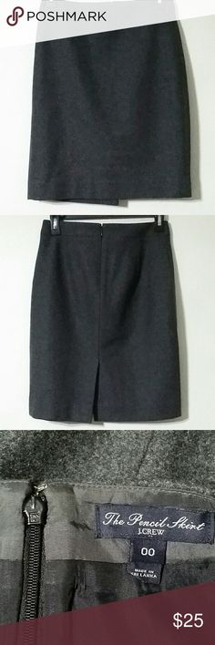 """J. Crew lined wool pencil skirt Dark gray color Wool/viscose blend Size 00 Measurements : 20.5"""" length  13.25"""" waist In great preowned condition J. Crew Factory Skirts Pencil"""