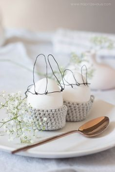 # easter #ideas #rabbit #eggs Last Minute DIY: Eierbecher häkeln für Ostern | Maditas Haus