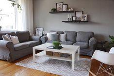 🌿 Tak mi to nedalo a nakonec zase zkouším dát šanci koberci... 🙈 ...na jak dlouho tentokrát...? ______________________________________________ #home #obyvak #utulnydomov #livingroom #myhomeinspiration #greylivingroom #livingroomdecor #myhome #homedecor #passion4interior #interior #interiors #interiør #interiordecor #interior123 #boligpluss #interiorinspiration #instahome #homeinspo #decoration #interior4all #posterclub #interior_and_living #interiorforinspo #ilovemyinterior… Poster Club, Interior S, Couch, Furniture, Instagram, Home Decor, Settee, Decoration Home, Sofa